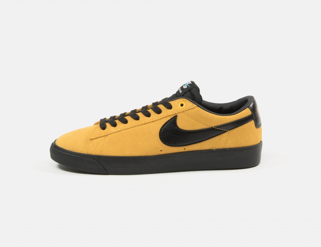 Nike SB Blazer Low GT - University Gold/Black